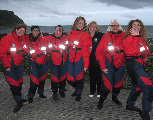 The glamour girls of Earthwatch team 8 - some people just have it!
